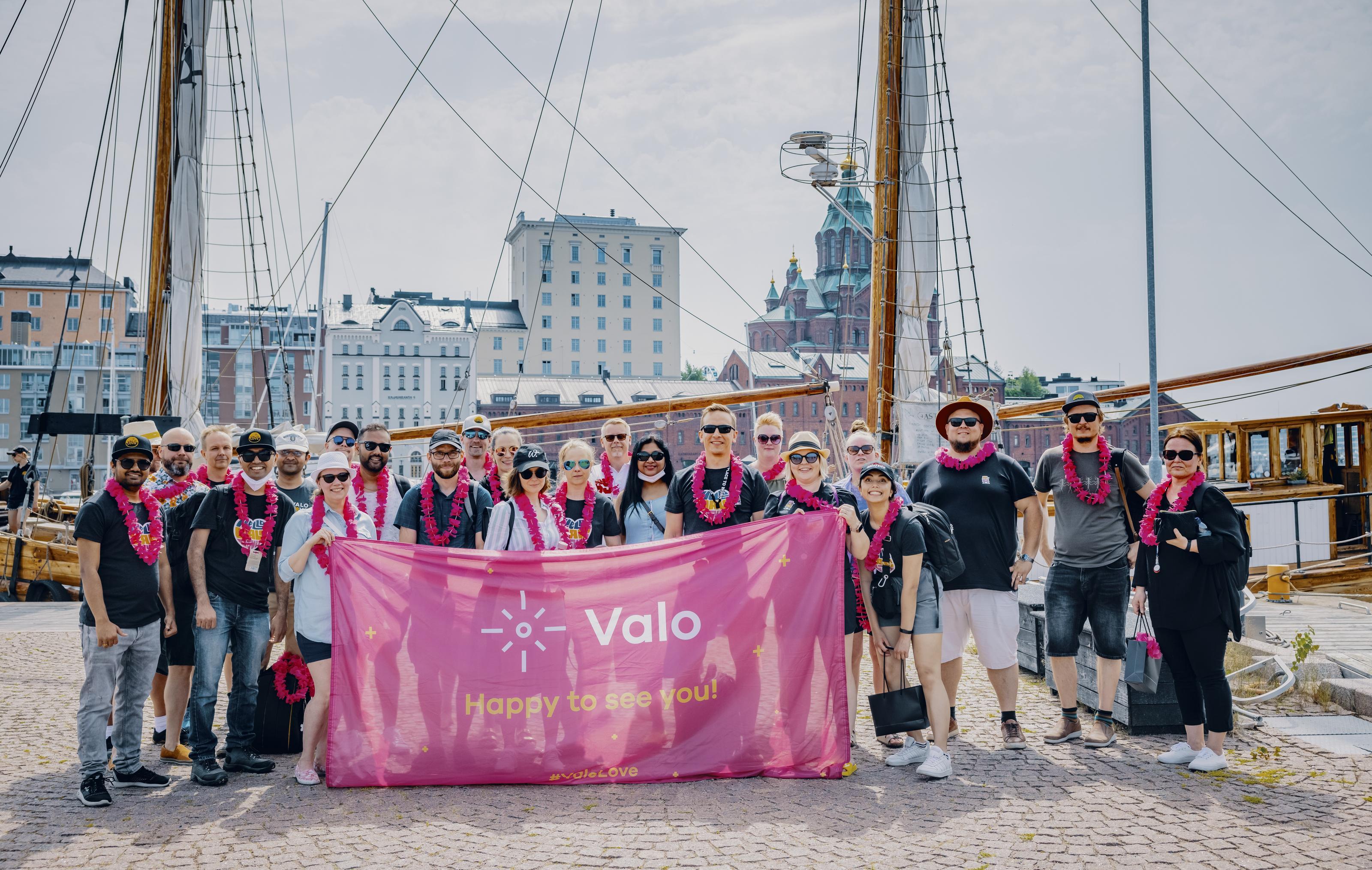 Valo Team Group Photo